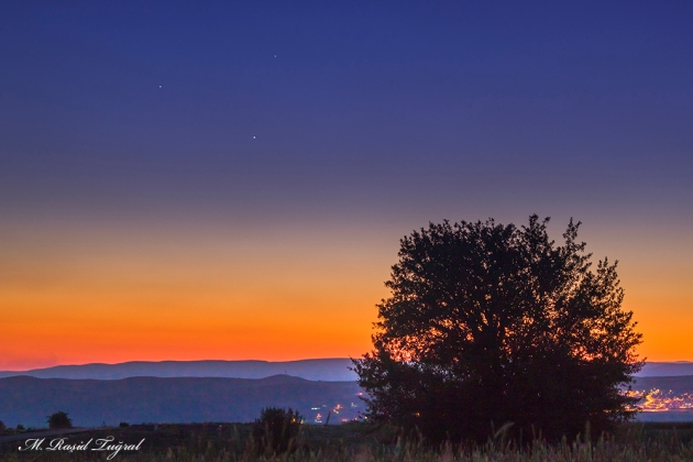 3 PLANET CONJUNCTION OVER THE HILLS OF ANKARA TURKEY.
