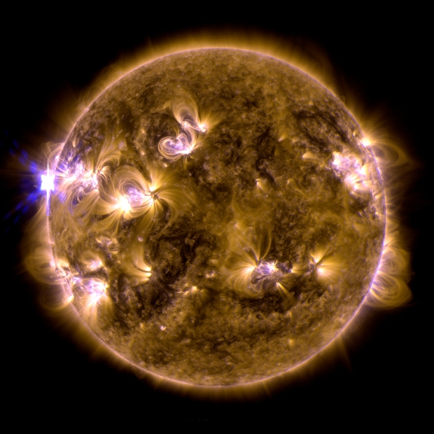 4 X-CLASS SOLAR FLARES IN JUST OVER 72HR GRAB SCIENCE HEADLINES!