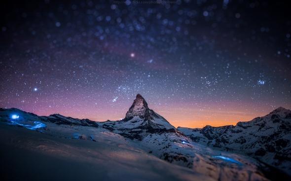 MATTERHORN STANDING TALL IN THE SWITZERLAND SKIES
